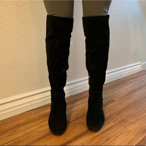 Vince Camuto Size 7 Suede Knee Boots